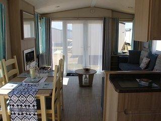 Beachcomber Luxury Caravan - Golden Sands Rhyl