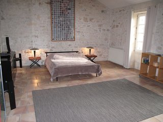2 bedroom Apartment in Tarascon, Provence-Alpes-Cote d'Azur, France : ref 564222