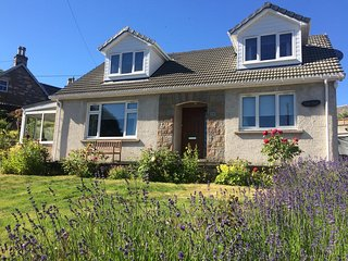 Tigh Geal. Our beautiful 4 Bedroom cottage in the centre of Pitlochry.