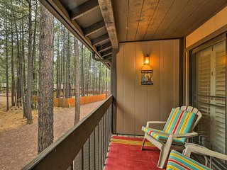 NEW! Private Pinetop, AZ Condo w/ Deck + Bikes!