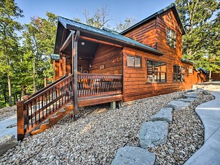 NEW! Indian Point Cabin w/ Pool & Lake Access!