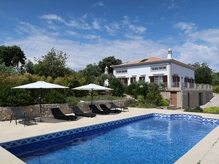 4 bedroom Villa in Vilarinhos, Faro, Portugal : ref 5434727