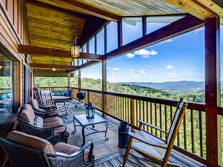 NEW! Huge Beech Mtn. Home w/ Views, Near Resort!