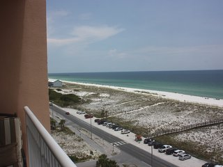 Pensacola Beach 3 Beds/2 Baths Condo in PERFECT location!