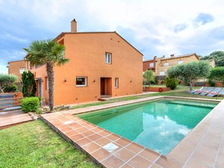 4 bedroom Villa in Mont-ras, Catalonia, Spain : ref 5610397