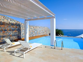 3 bedroom Villa in Pissidos, Crete, Greece : ref 5647131
