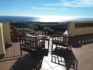 Atico 240 m2,vistas al Mar-Calahonda, Marbella