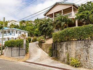 Rodney Cap Villa, quiet place near the action