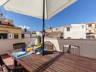 Stylish Terrace on the rooftops of La Kalsa by Wonderful Italy