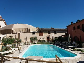 Gambassi Terme Holiday HotelApartment BL***********