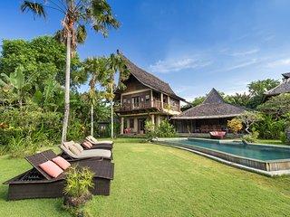 Canggu Holiday Villa 10096