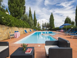 Montaione Holiday HotelApartment 10767