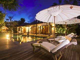 Kuta Holiday Villa 10078