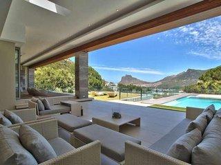 Cape Town Holiday Villa BL**********
