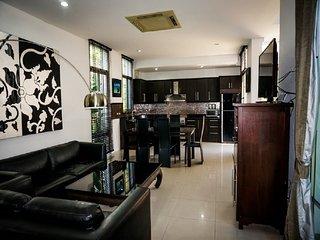 pattaya Holiday Villa 9626