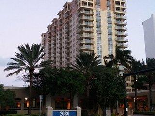 Hallandale Beach Holiday Apartment BL***********