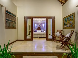 bali Holiday Villa BL***********