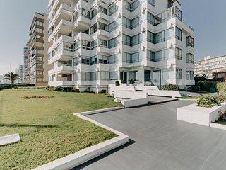 Amplio departamento frente al mar - Spacious apartment in front of the sea