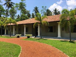 Monara House, Talpe
