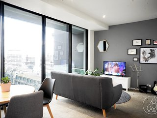 Donkey Kong Short Stay Apartment - 1 BR APT near Southern Cross Station