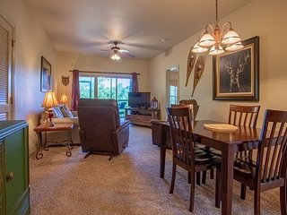 Near Silver Dollar City- 3 Bedroom, 3 Bath Golf Condo at Stonebridge Resort!