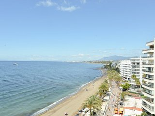 Amazing South Facing Studio Beach Front Marbella Centre