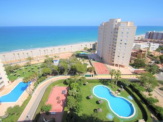 Apartamento al lado del Mar Mediterráneo en playa Muchavista-Campello.