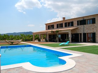 VILLA ES VINYET by Priority