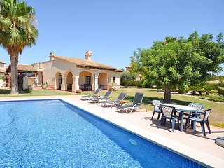 Villa 3 dorm 1a linea golf con piscina privada