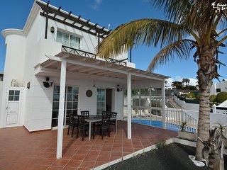 Tias Holiday Villa 11598