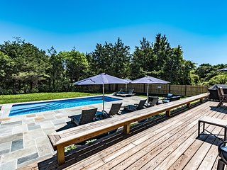BETTD - Grand Gambrel, Outstanding Luxury Family Retreat, Heated Pool new for 20