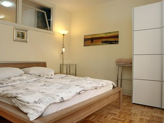 One-Bedroom Apartment in Piran IM7