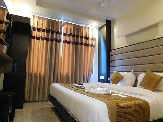HOTEL GAURANGA - DELUXE DOUBLE ROOM 1