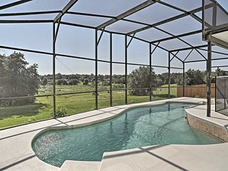 Private Home w/Lanai & Pool - 20 Mins. to Orlando!