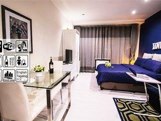 Gotophi Business 5Star hotel room in Gramercy residences Makati