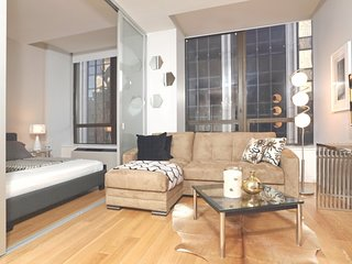 Luxury One bedroom Wall St (5150)