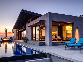 Sleek Retreat