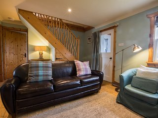 Traditional stone cottage named Chattan on the Island of Easdale, Oban, sleeps 6