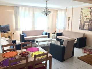 Cesme Near the Marina 3+1 Full Spacious Flat