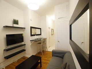 2 Bedroom Renovated Loft,  Soho