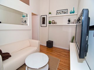 2 Bedroom Furnished Apartment  ,Heart  of SoHo
