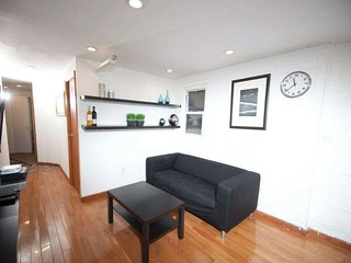 4 Bedroom Huge Furnished Apartment , SoHo