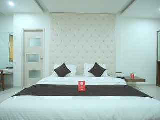 Hotel RVG (Executive Double Room 4)
