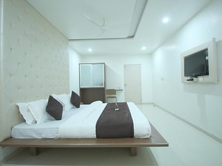 Hotel RVG (Executive Double Room 1)