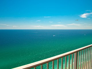 TIDEWATER| PIER PARK 1/3 MILE AWAY| NEW Beachfront PENTHOUSE|Completely UPdated