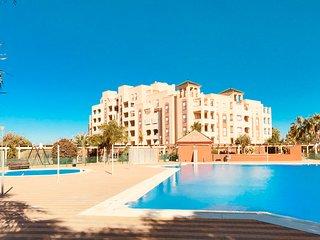 Ático en Isla Canela - Lujoso apartamento en urbanización con piscina - A10