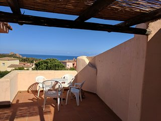 Panoramic Sea Views and Sun Terrace, 7 min Walk To Beach.