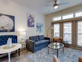 NEW LISTING! Downtown Victory Park apartment w/ shared pools, hot tub, & gym
