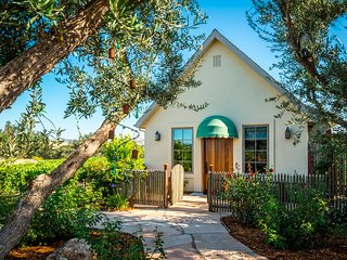 Grapestake Cottage: Romantic Cottage in the Vineyard
