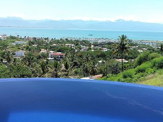 Gorgeous Home with incredible views of the bay and mountains and infinity pool w